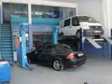 Mavi Volvo özel servis